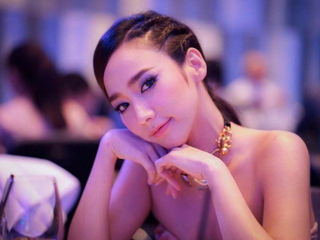 อั้ม พัชราภา ไชยเชื้อ ซุปตาร์เบอร์หนึ่งของเมืองไทย