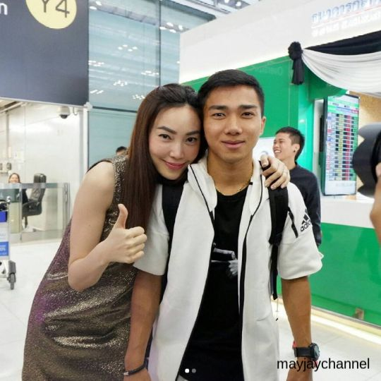 เมย์ พิชญ์นาฎ เดินทางมาส่ง เจ ชนาธิป ไปญี่ปุ่นที่สนามบิน-1