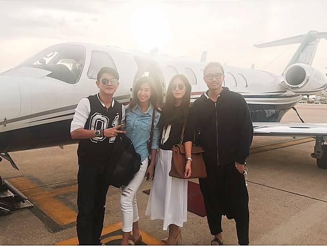 กึ้ง เจนี่ มิ้นต์ ชาลิดา นักเครื่องบินส่วนตัวไปทำบุญที่ชเวดากอง พม่า 24 มิถุนายน 2558