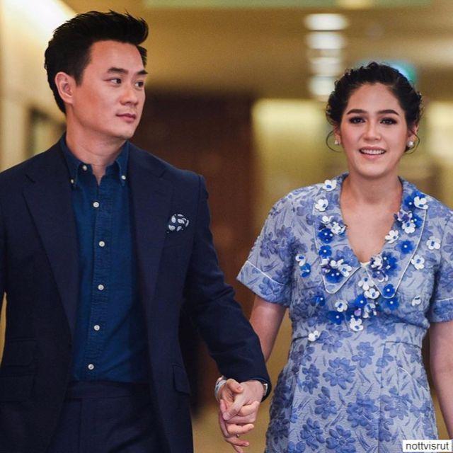 ชมพู่ อารยา - น็อต วิศรุต จับมือเพื่อมาแถลงข่าว ที่ โรงพยาบาลบำรุงราษฎร์ 9 กันยายน 2560