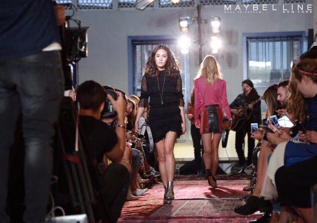 เจนี่ไปเดินแบบให้แบรนด์ Rebecca Minkoff Fall 2017 ใน New York Fashion Week