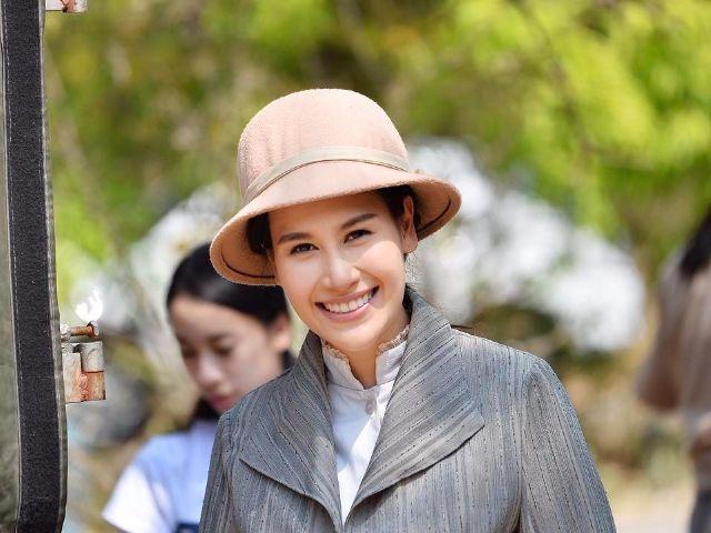 แซนวิช ปภาดา แสดงเป็น เบญจวรรณ ในละครเรื่อง นักบุญทรงกลด ทางช่อง 7
