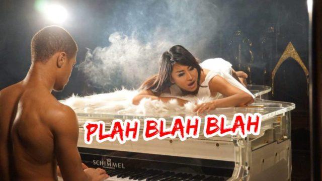 สาบานได้ ว่านี่คือฉากหนึ่งใน MV ใหม่ของ Plah Blah Blah ปลา โกมารทัต