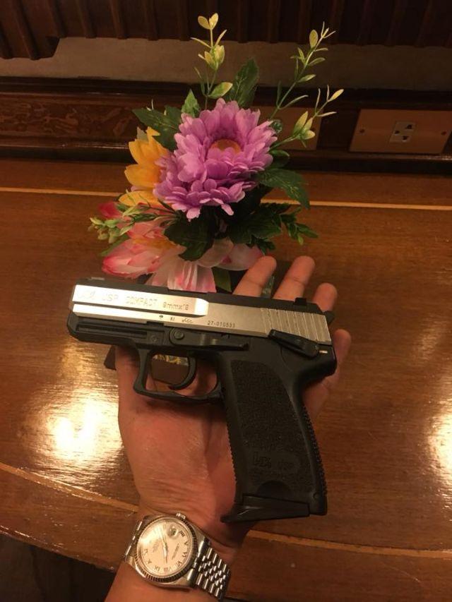 ปืน HK ขนาด 9 มม ของ เสก โลโซ ที่คาดว่าน่าจะเป็นปืนที่ใช้ยิงขึ้นฟ้า