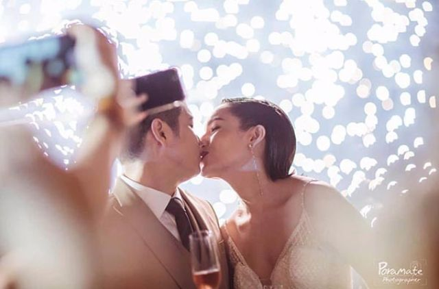 แต่งงาน จ๊ะ เอิร์น จูบ โรแมนติด