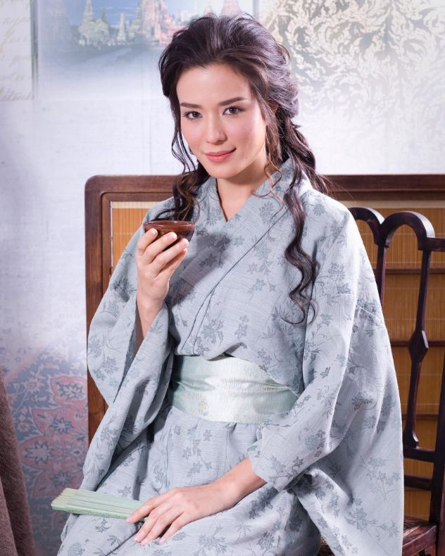 สุษิรา แอนจิลีน่า รับบท แม่มะลิ-ตองกีมาร์ ในละคร บุพเพสันนิวาส