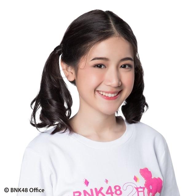 พาขวัญ bnk48 รุ่น 2