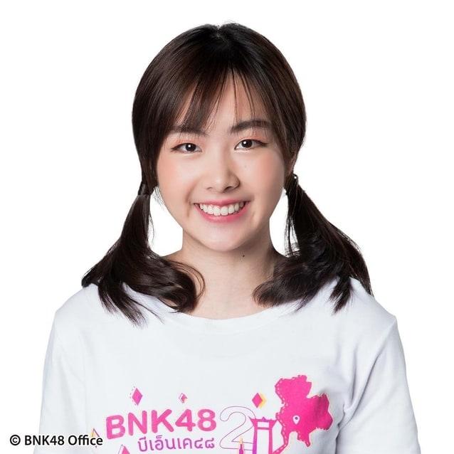ขมิ้น bnk48