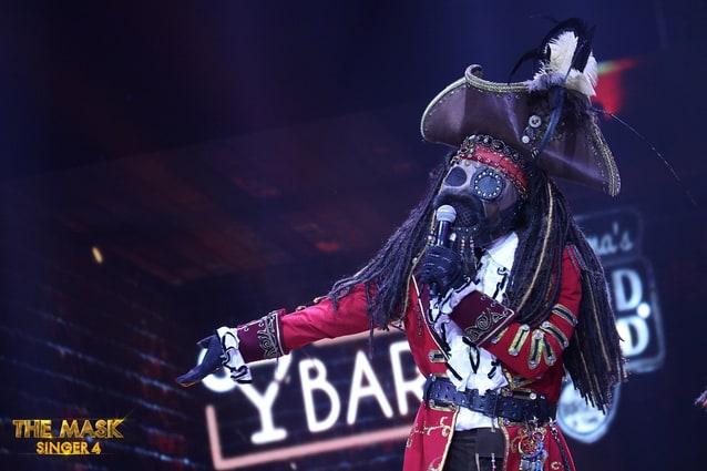 เฉลย หน้ากากโจรสลัด The Mask Singer ซีซั่น 4 เจ้าของเสียงนุ่มสะดุดใจ คือเขาคนนี้