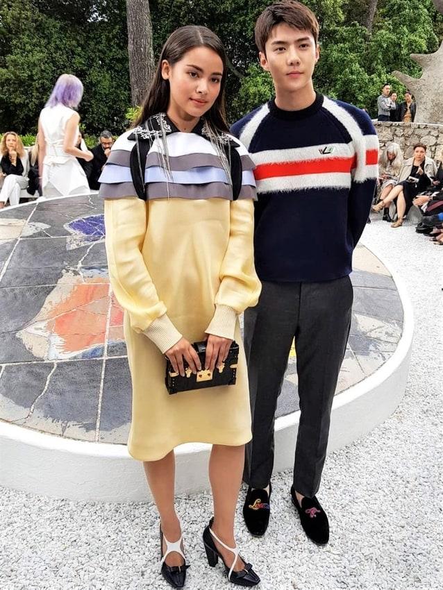ญาญ่า อุรัสยา กับ เซฮุน EXO ในงานแฟชั่นโชว์ Louis Vuitton Cruise 2019 ที่จัดขึ้น ณ Fondation Maeght ประเทศฝรั่งเศส