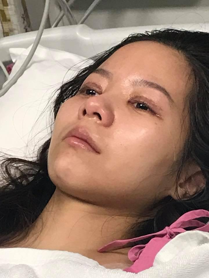เม นอนร้องไห้บนเตียงโรงพยาบาล การซื้อความสวยของเธอในครั้งนี้ กลับนำพาเธอเฉียดตายอย่างไม่คาดคิด