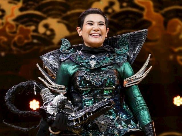 หน้ากากชาละวัน คือ ซิลวี่ เดอะสตาร์ หรือ ซิลวี่ ภาวิดา ใน The Maak วรรณคดีไทย