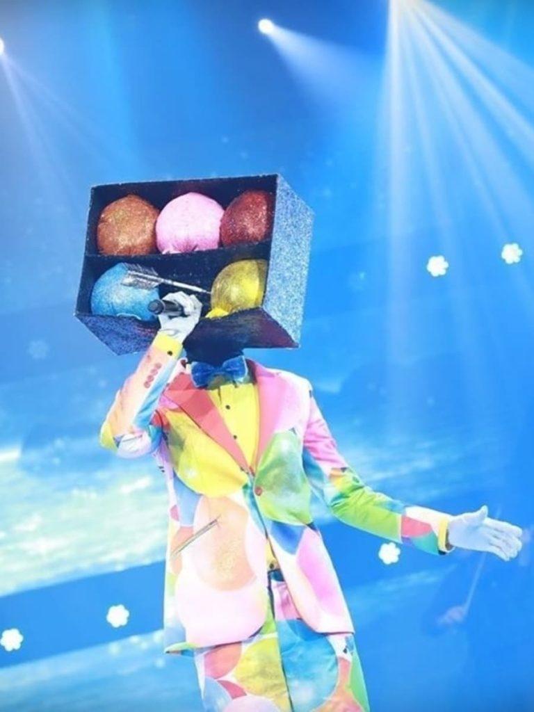 หน้ากากปาโป่ง The Mask งานวัด (Photo: Workpoint Entertainment)