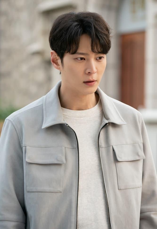 จูวอน รับบท พัคจินกยอม