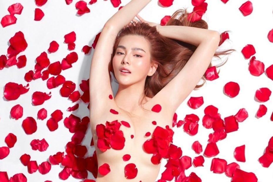 ดิว อริสรา กับภาพเซ็ตกลีบกุกลาบแดง เซ็กซี่เกินต้านทาน