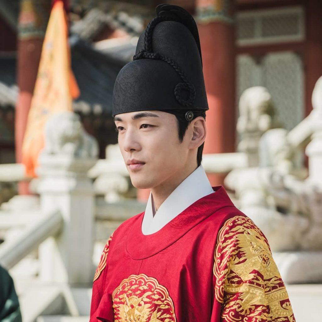 คิมจองฮยอน รับบท กษัตริย์ชอลจอง
