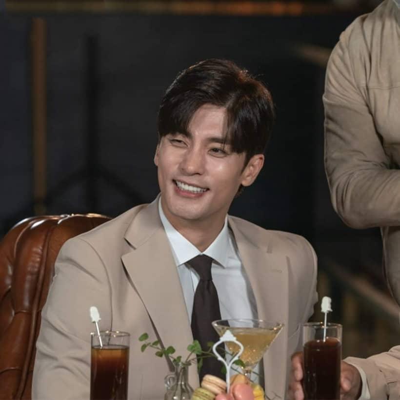 ซองฮุน รับบท พัคซาฮยอน