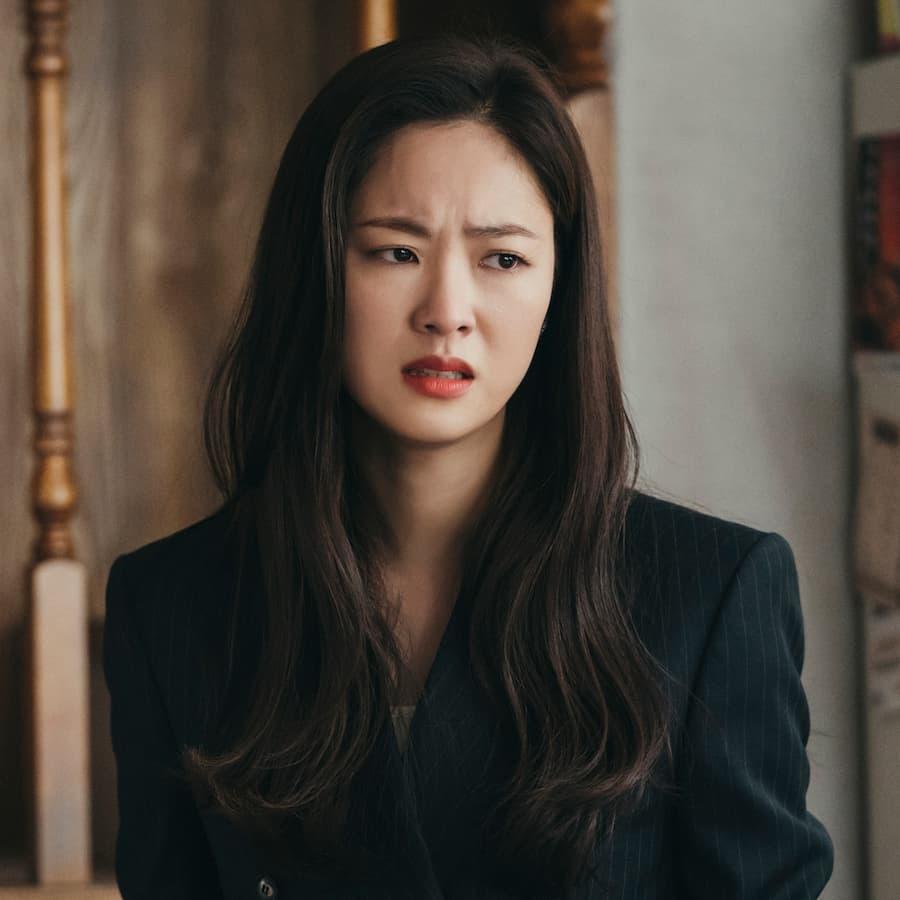 จอนยอบิน รับบท ฮงชายอง