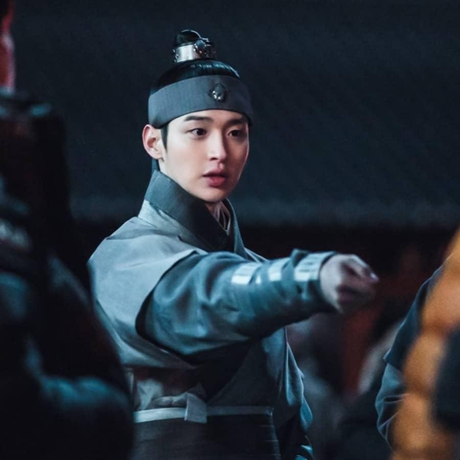 จางดงยุน - Joseon Exorcist