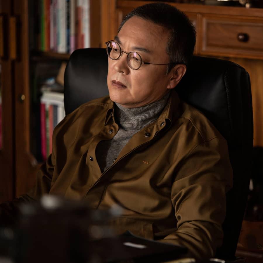 คิมอึยซอง รับบท จางซองชอล