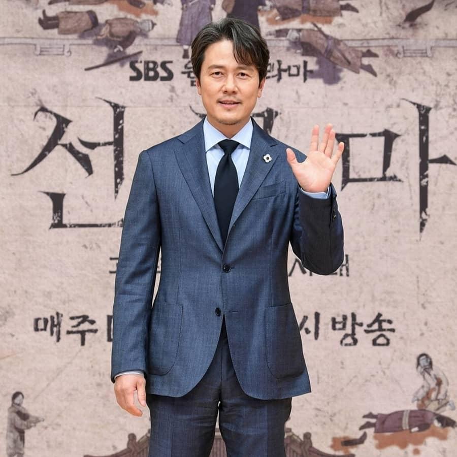 คัมอูซอง รับบท พระเจ้าแทจง - Joseon Exorcist