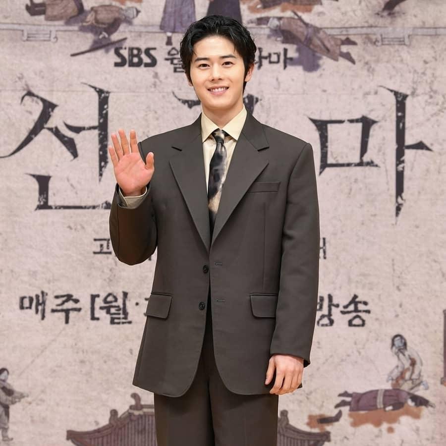 คิมดงยุน รับบท บยอรี - Joseon Exorcist