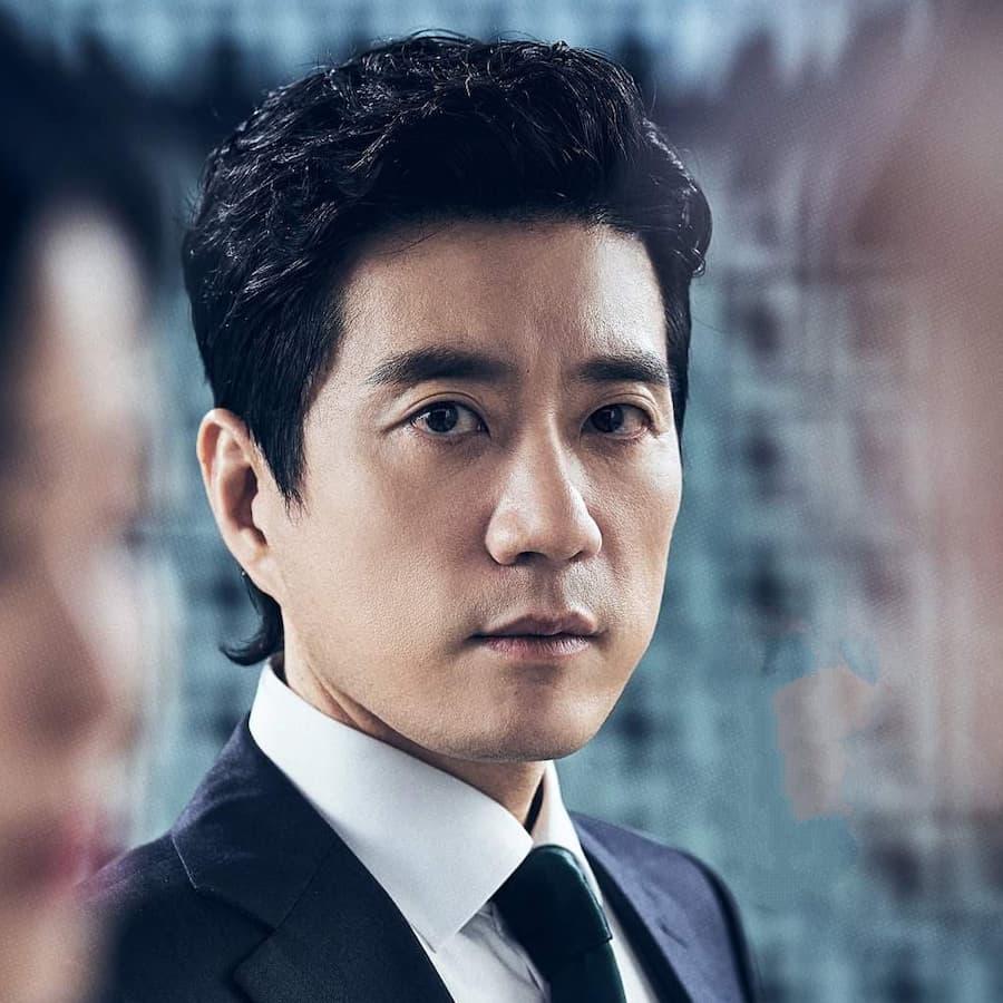 ยางจงฮุน รับบทโดย คิมมยองมิน