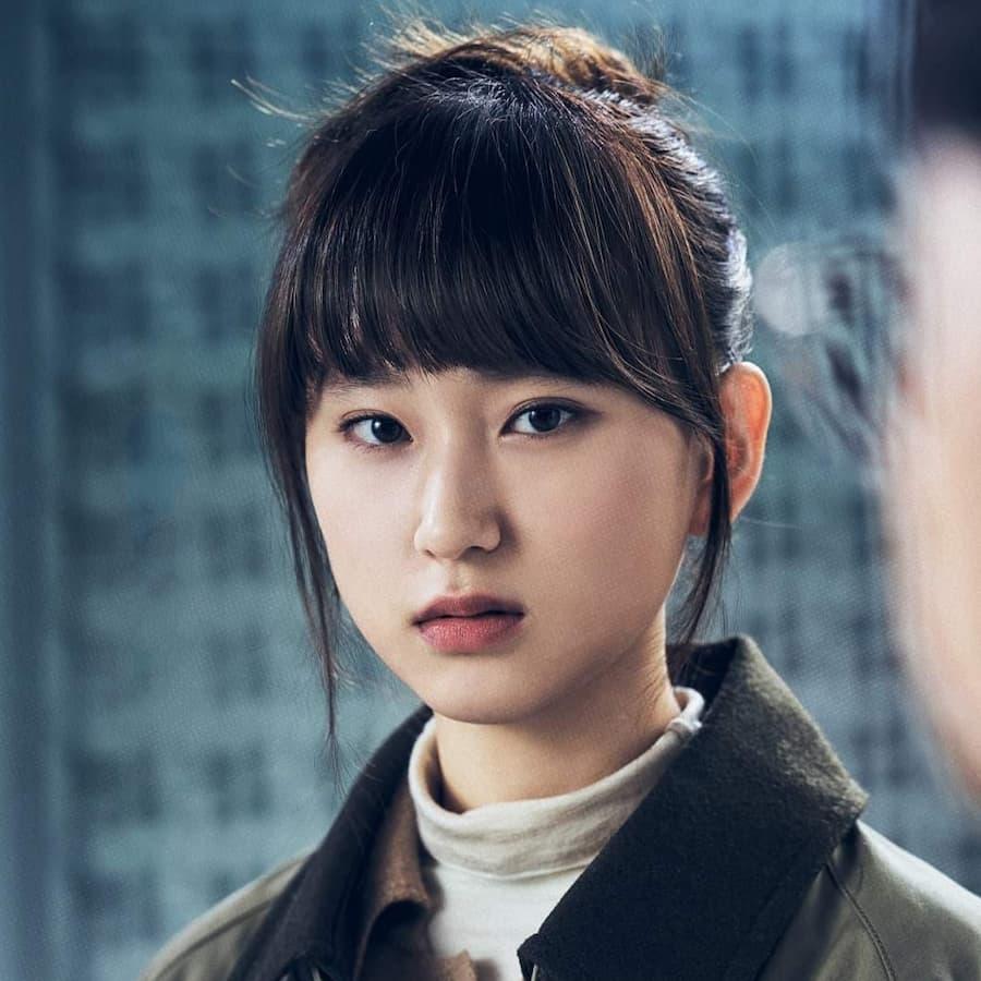 คังซอลอา รับบทโดย รยูฮเยยอง