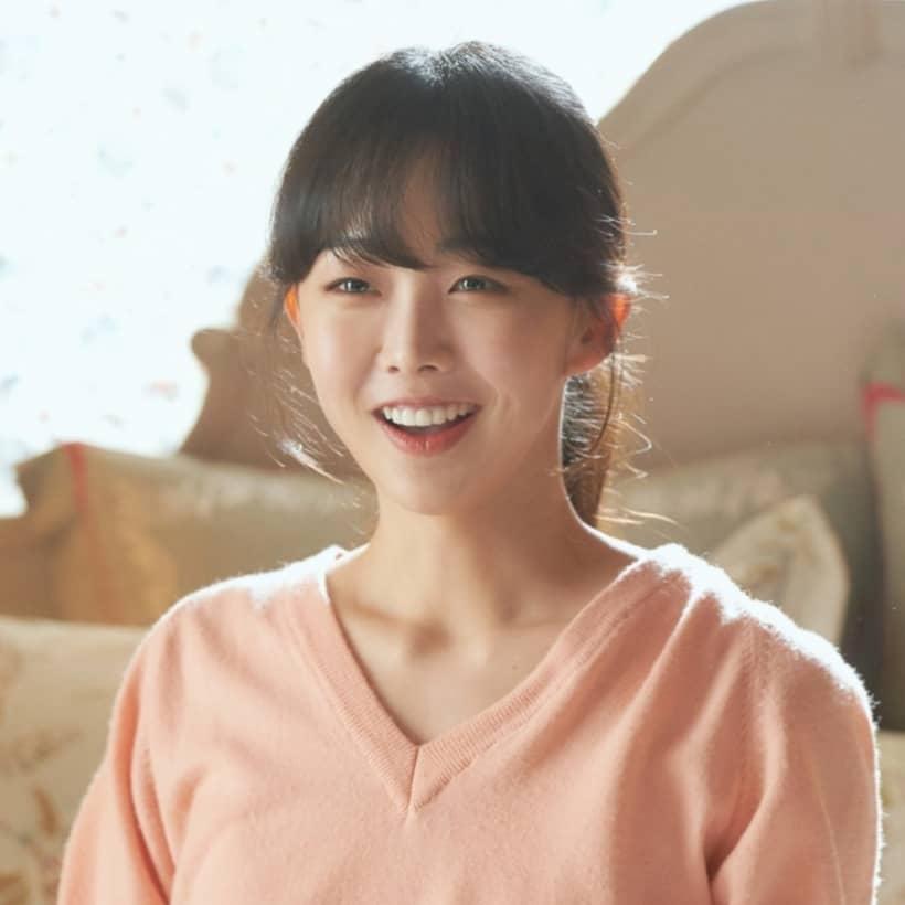 อีซูรยอน รับบทโดย กึมแซรก