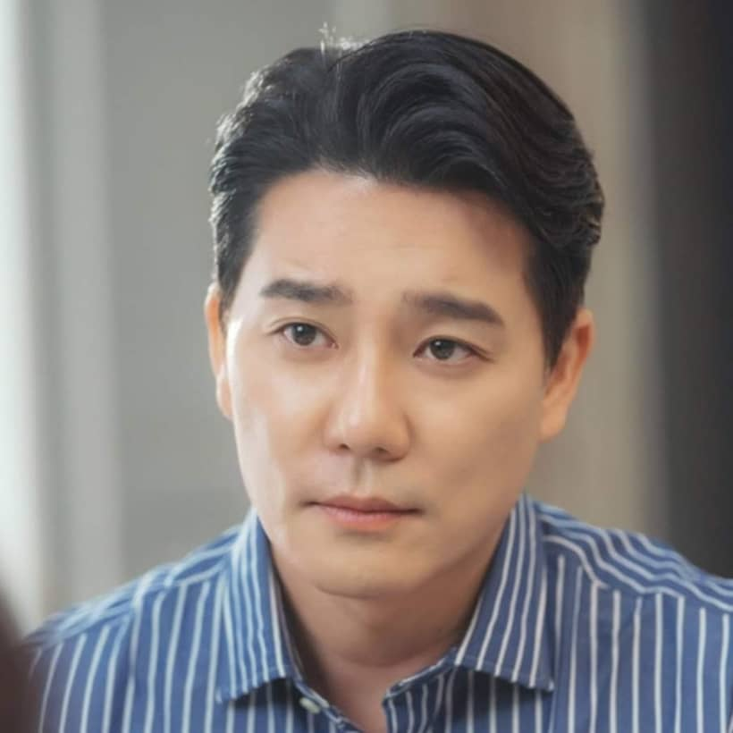 ชินยูชิน รับบทโดย อีแทกอน